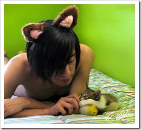 Boys_and_their_pets (19)