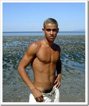 Shirtless_guys_boypost.com (23)