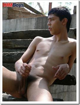 Gay boy Matias
