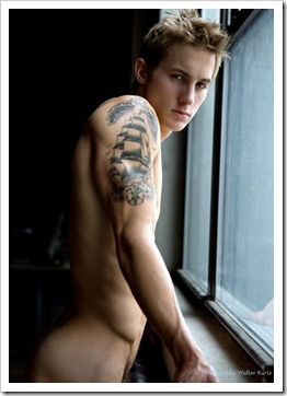 Boys_by_the_window_boypost.com (21)