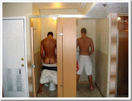 Boys_in_the_mens_room-boypost.com (7)