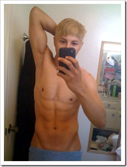 Teenboys_love_iPhones-boypost (19)