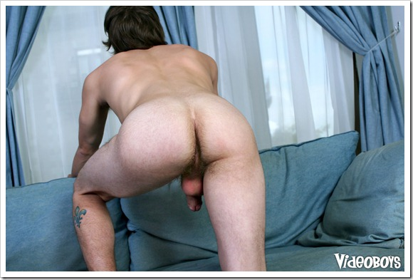 Justin_Lebeau_Takes_Cum_in_His_Face (9)