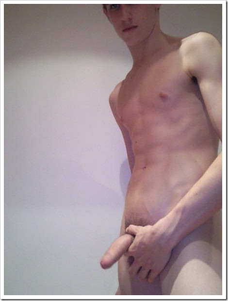 amateur_twinks_self_pics-boypost (3)