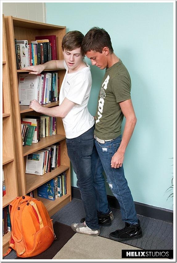Study-Hall-Hookup-teen-gays-18 (2)