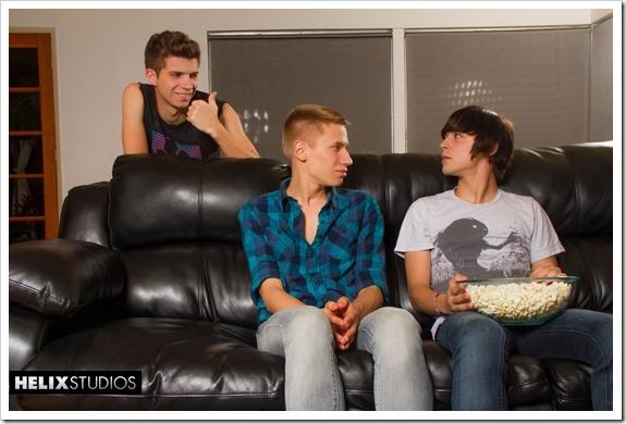 Teen-Gays-Threeway-helixstudios (1)