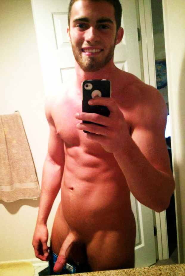 hot-college-guys-selfies-naked