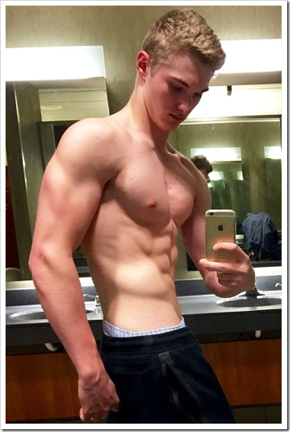 hot-boys-selfies (109)