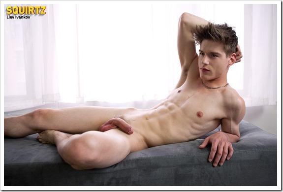 Liev-Ivankov-Squirtz (12)