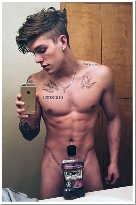 cute-mirror-boys-selfies (118)