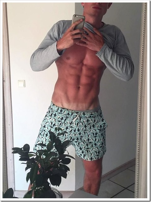 fit-guys-beautiful (13)