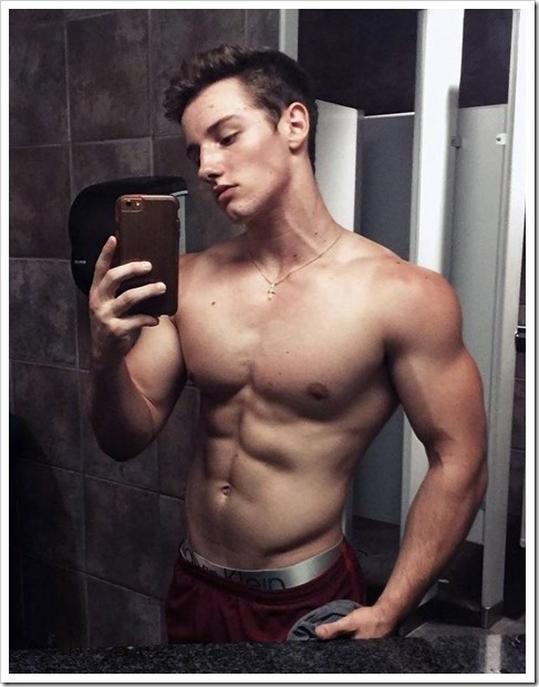 fit-guys-beautiful (14)