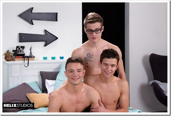three-hot-gay-boys-helix (1)