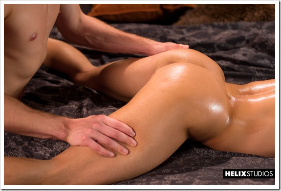 Gay-twinks-sex-massage (6)