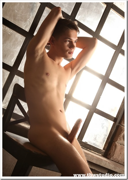 Smooth-Twink-Exposed (7)