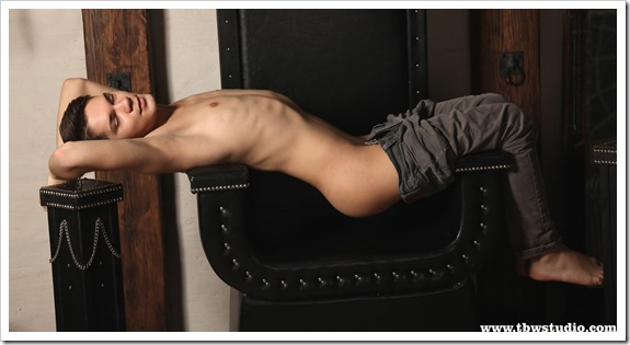 gay-boy-Winston-Teens-Boys-World (3)