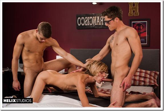 Euphoric-threesome-orgy-HelixStudios (6)