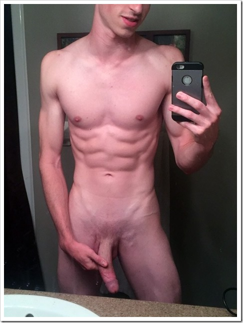 guy-selfie-mirror-photos (3)