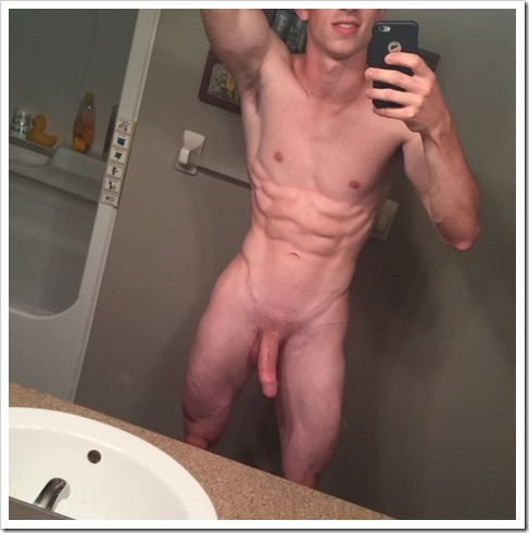 guy-selfie-mirror-photos (9)