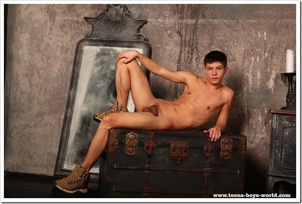 muscular-twink-body-TBW (4)