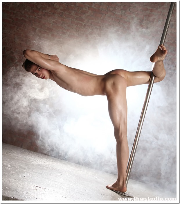 wonderful-twink-gymnast-Pascal-TBW (2)
