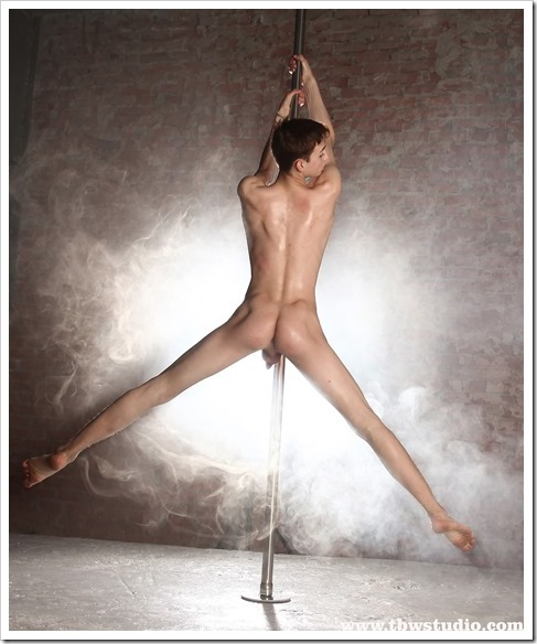 wonderful-twink-gymnast-Pascal-TBW (7)