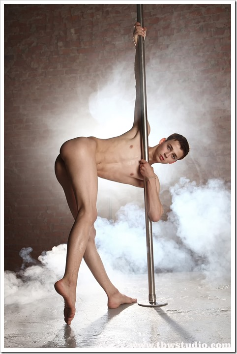 wonderful-twink-gymnast-Pascal-TBW (8)