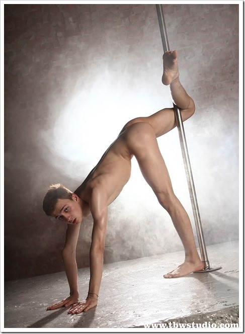 wonderful-twink-gymnast-Pascal-TBW (9)