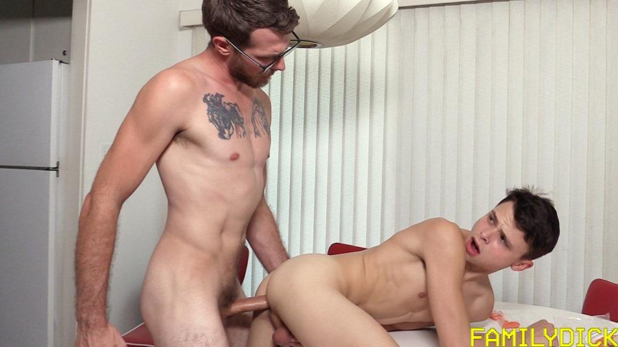 Familydick-16Jpg  Boy Post  Blog About Free Gay Boys -5442