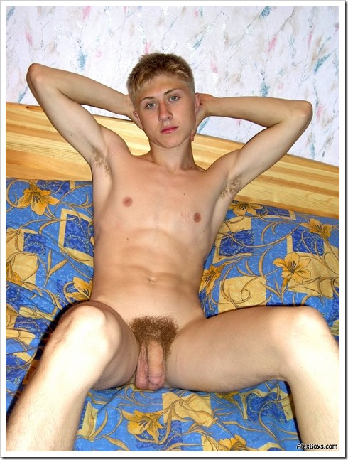 young-twink-gay-boy (3)
