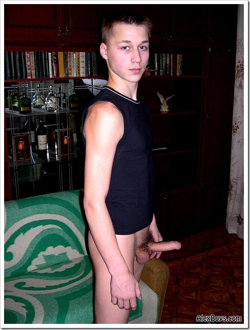 Young-talent-twink-from-Russia (5)
