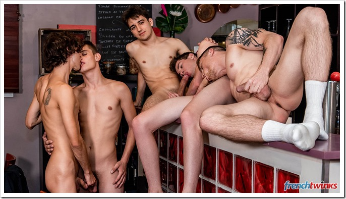 gay-men-and-boys-sex-orgy (7)